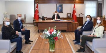 """Vali Elban, """"Vaka sayısında il olarak iyiyiz ama tedbirleri elden bırakmayacağız"""""""